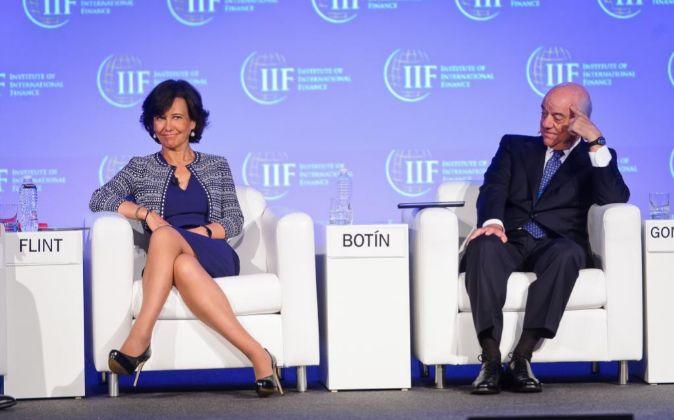 Ana Patricia Botín, presidenta de Banco Santander, y Francisco...