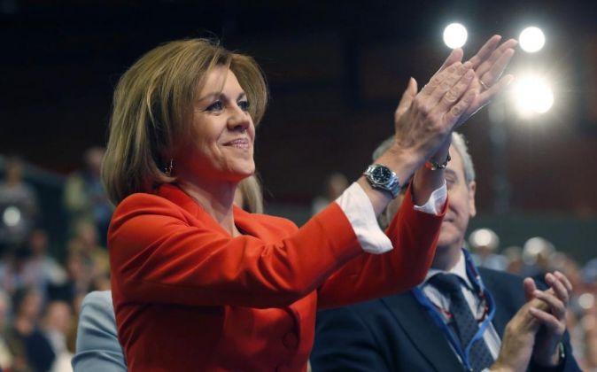La ministra de Defensa y secretaria general del PP, María Dolores de...