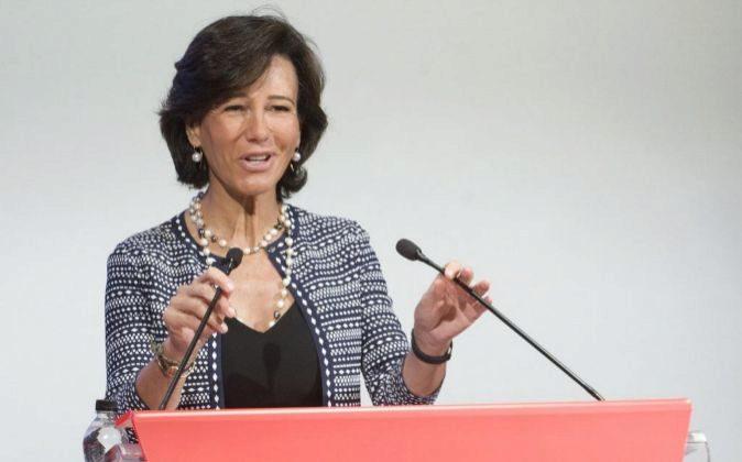 La presidenta de Banco Santander, Ana Botín, en la presentación de...