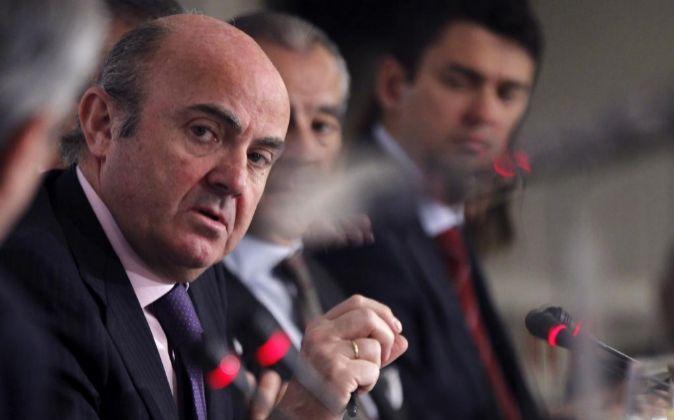 El ministro de Economía, Industria y Competitividad, Luis de Guindos...