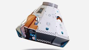 Se llama Space Pod. Es una nave espacial creada con cartón reciclable...
