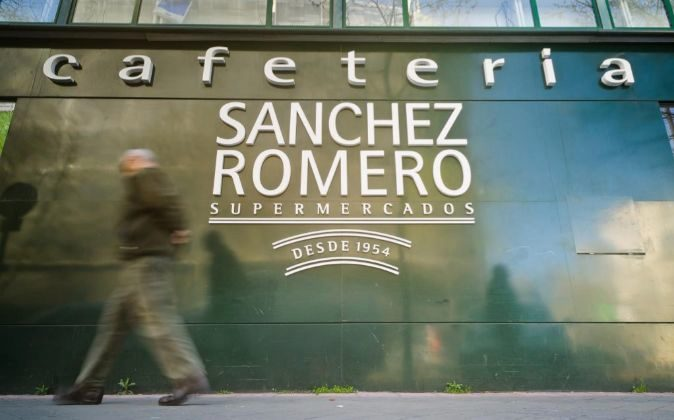 Supermercados Sánchez Romero.
