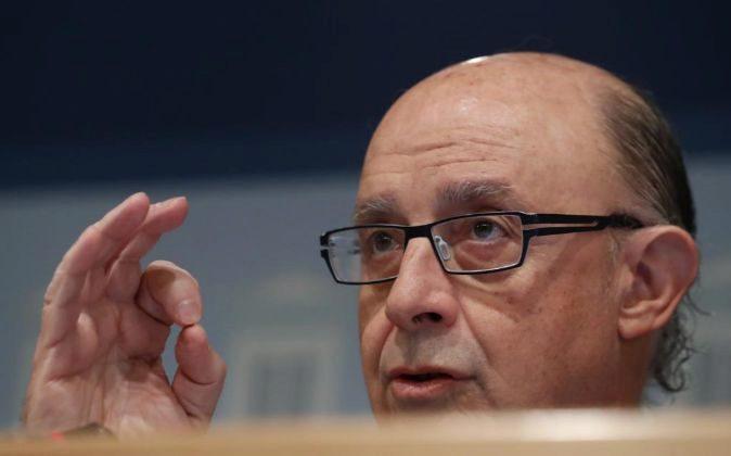 El ministro de Hacienda y Función Pública, Cristóbal Montoro,en la...