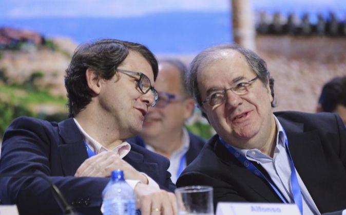 El hasta hoy presidente del PP de Castilla y León, Juan Vicente...