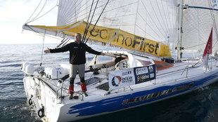 Sebastien Destremau, sin viento en su aproximación a meta este...