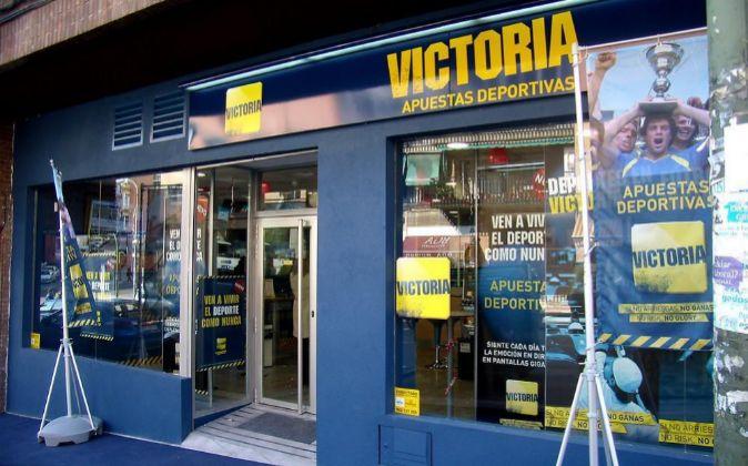 Exterior de uno de los locales de Victoria Apuestas Deportivas, de...