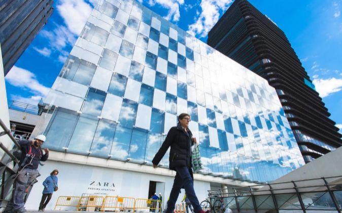 La mayor tienda de Zara en el mundo abrirá el próximo viernes 7 en...