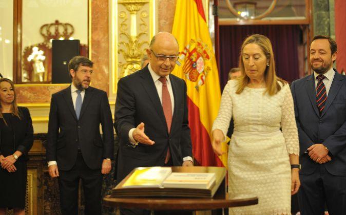 El ministro de Hacienda y Función Pública, Cristóbal Montoro, ha...