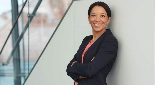 Janina Kugel es la directora de recursos humanos de Siemensy cuenta...