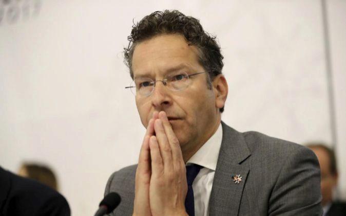 El ministro de Finanzas en funciones holandés y presidente del...