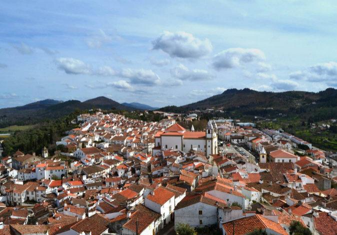 Castelo de Vide, en pleno Alentejo portugués, es famoso por su Semana...
