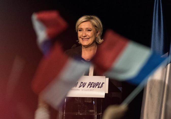 Marine Le Pen, líder del partido político Frente Nacional (FN) y...