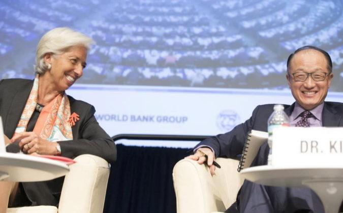Fotografía cedida por el Fondo Monetario Internacional (FMI) donde se...