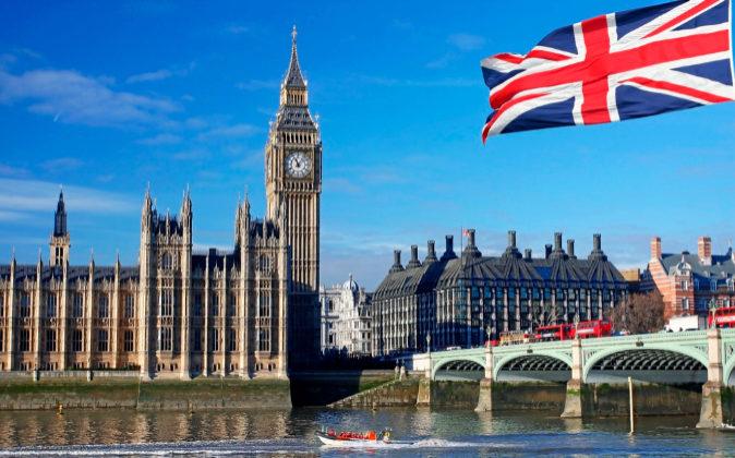 Vista exterior del Parlamento británico.
