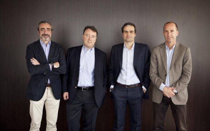 De izquierda a derecha, Jordi Viñas, Dominic Endicott, Carles Ferrer...