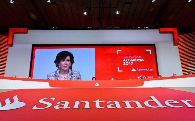Imagen de la junta de accionistas de Santander de 2017