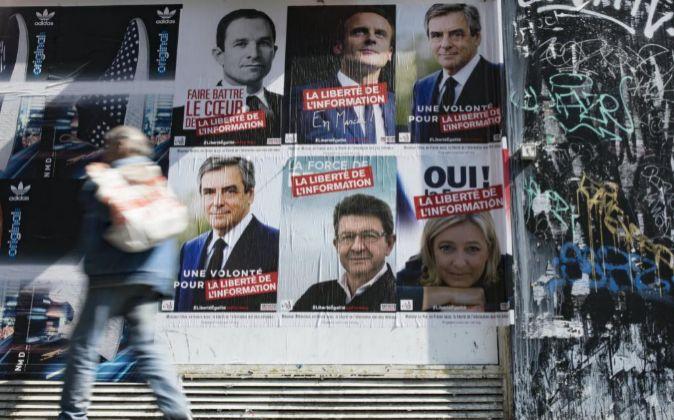 Carteles electorales de los candidatos a la presidencia de Francia.