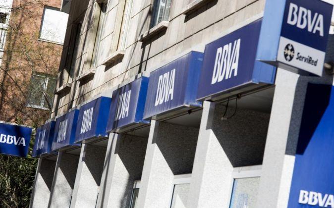 Imagen de una oficina bancaria de BBVA en Madrid