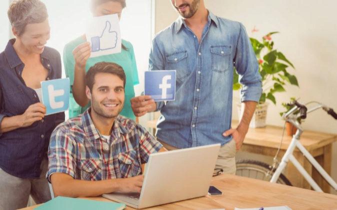 La presencia en redes sociales ayuda a las pymes a llegar al público...
