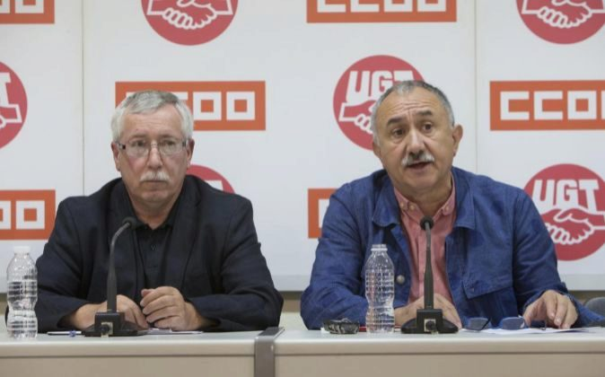 Rueda de prensa de los secretarios generales de UGT, Pepe Álvarez, y...