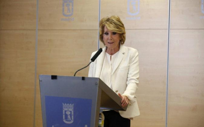 Esperanza Aguirre, durante la comparecencia en la que ha anunciado su...