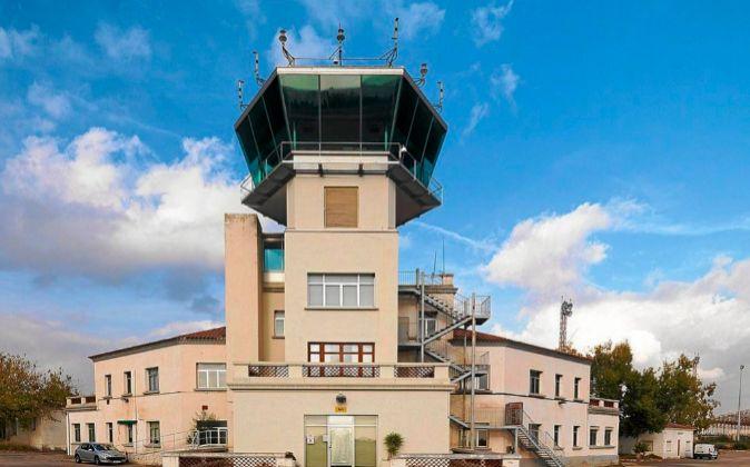 Torre de control del aeropuerto de Reus