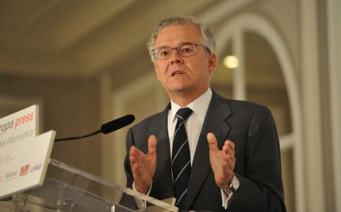 Sebastián Albella es el presidente de la CNMV