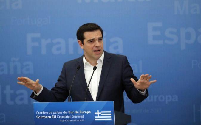 El primer ministro de Grecia, Alexis Tsipras, durante la declaración...