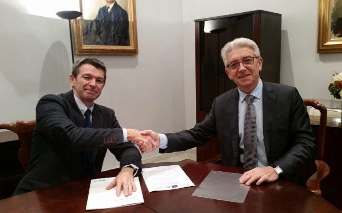 Tomás Guillén, presidente de Big ban Angels, y Vicente Olmos, de BME...