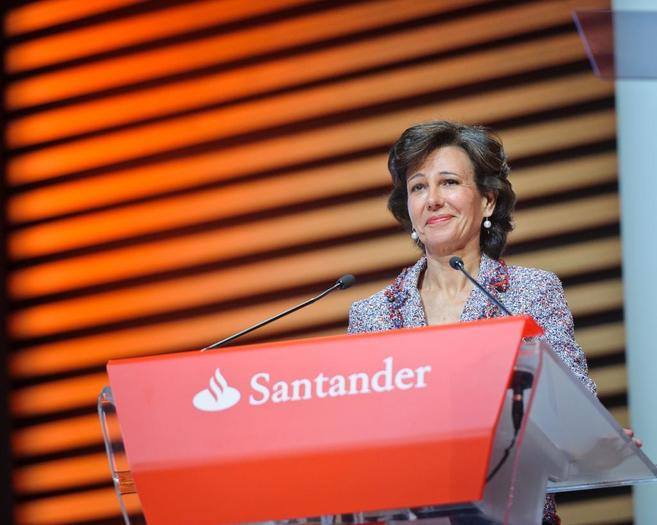Ana Botín, presidenta de Banco Santander, durante la pasada junta de...