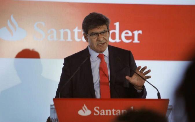 José Antonio Álvarez, consejero delegado de Santander, hoy, durante...