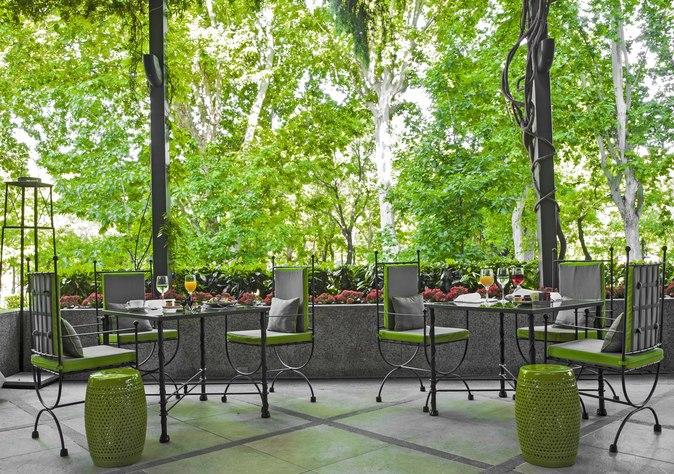 La terraza del Lounge, el espacio más natural en el que tomar algo a...