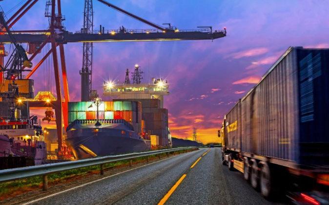 El transporte por carretera es uno de los más utilizados en el...
