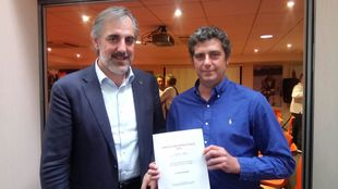 Xosé-Carlos Fernández, director general de la FNOB, y Antoine...