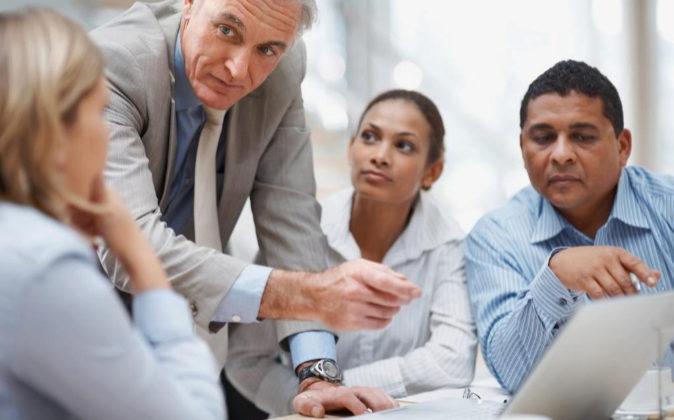 El reto más importante es cambiar la actitud del abogado, que debe...
