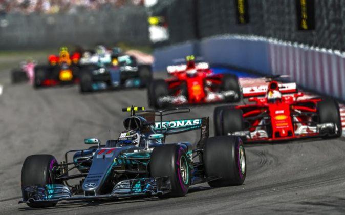 Primeras vueltas del Gran Premio de Rusia de F1.
