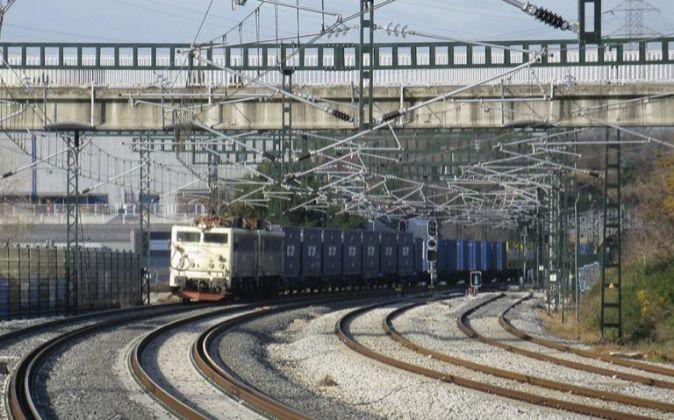 Tren de mercancías de Renfe.