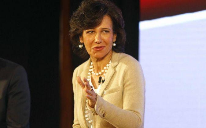 Ana Botín, presidenta de Banco Santander y de Universia, ayer en la...