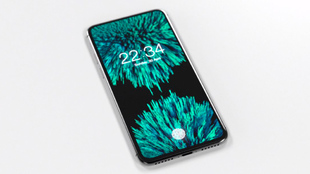 Montaje de cómo podría ser el iPhone 8 en función a las...