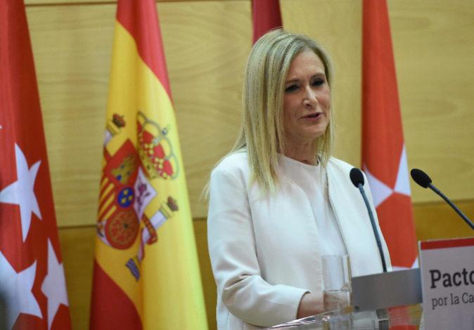 La presidenta de la Comunidad de Madrid, Cristina Cifuentes, en una...