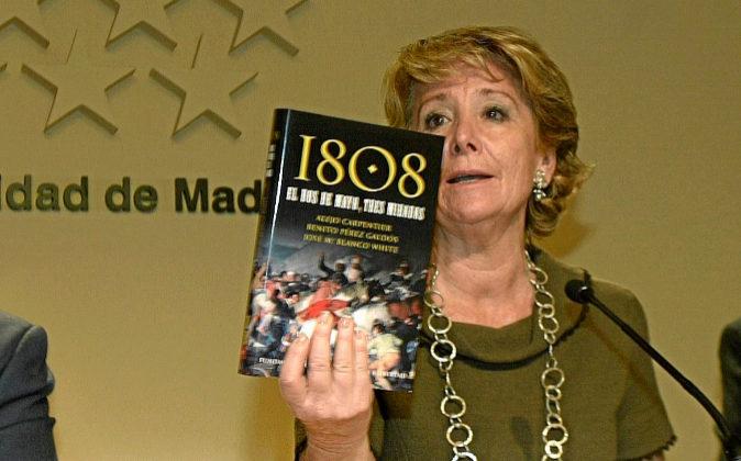 Esperanza Aguirre, en una imagen de archivo durante la presentación...