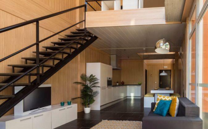 Interior de una de las viviendas del edificio CubicLoft, situado en...