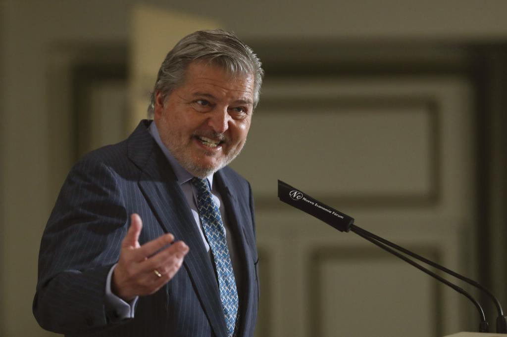 El portavoz del Gobierno, Íñigo Méndez de Vigo, en una conferencia...