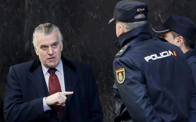 El extesorero del PP Luis Bárcenas, a su llegada a la Audiencia...