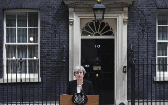 La primera ministra británica Theresa May durante la declaración...