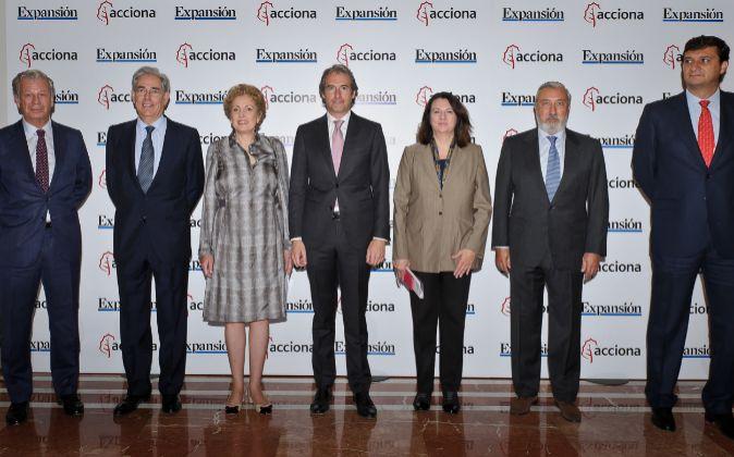 De izquierda a derecha: Joaquín Mollinedo, director de Relaciones...