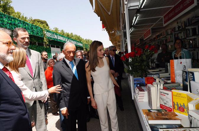 Los Reyes inauguran la Feria junto a Rebelo de Sousa, presidente de...