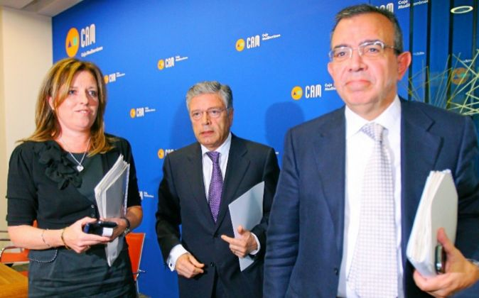 Mª Dolores Amorós, ex directora general adjunta; Modesto Crespo,...