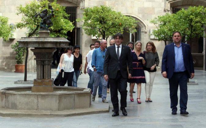 El presidente de la Generalitat, Carles Puigdemont, en la reunión...