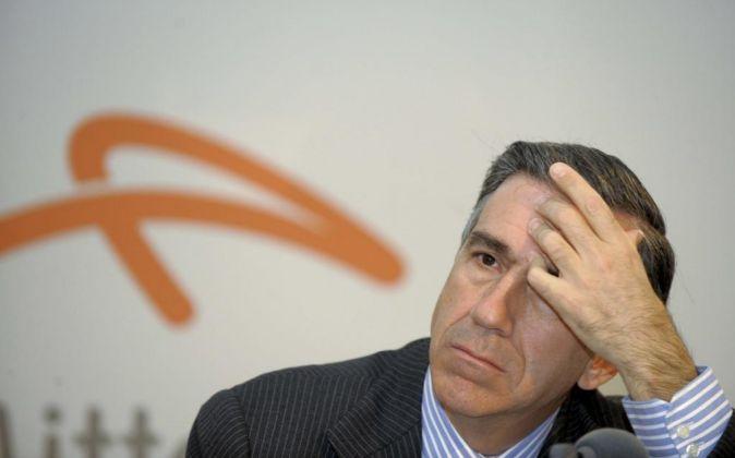 Gonzalo Urquijo abandona la presidencia de ArcelorMittal España